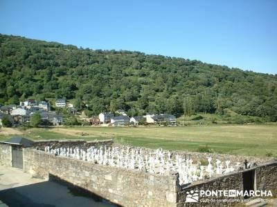San Martín de Castañeda; excursiones alrededor de madrid; ropa tecnica de montaña